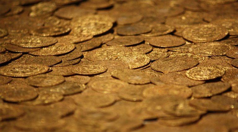 Brent Johnson of Santiago Capital discusses gold