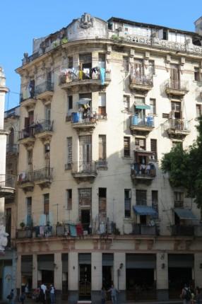 Cuba - Building